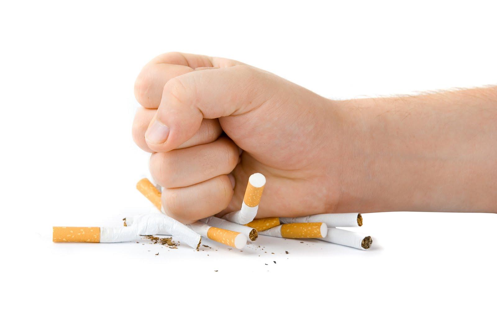 Deja de fumar con la ayuda del COEM y su Fundación