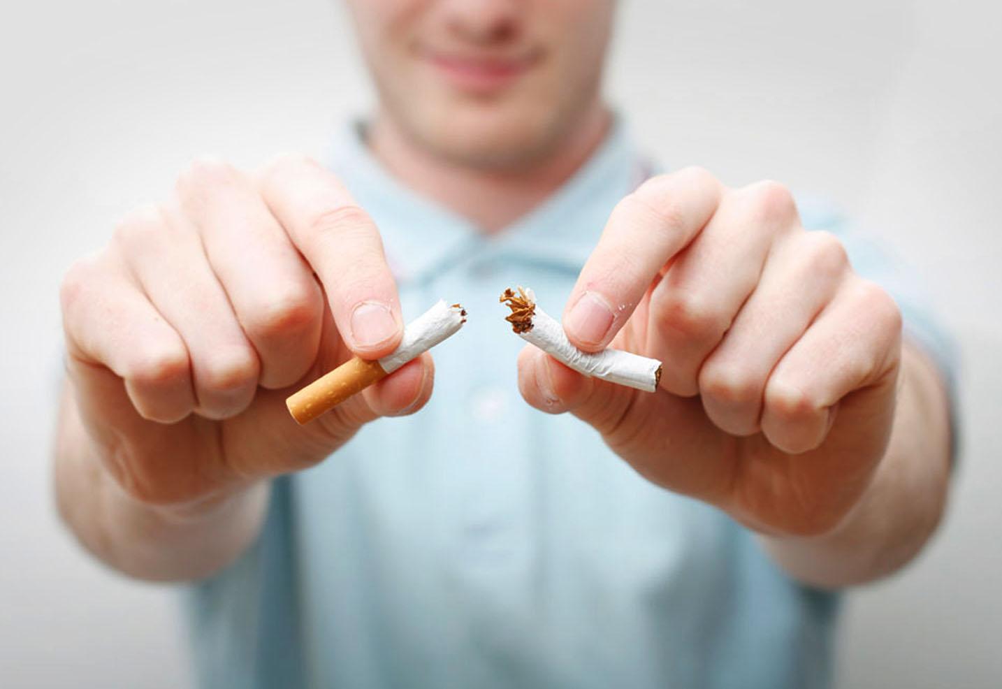 Razones por las que dejar de fumar y beneficios para tu salud