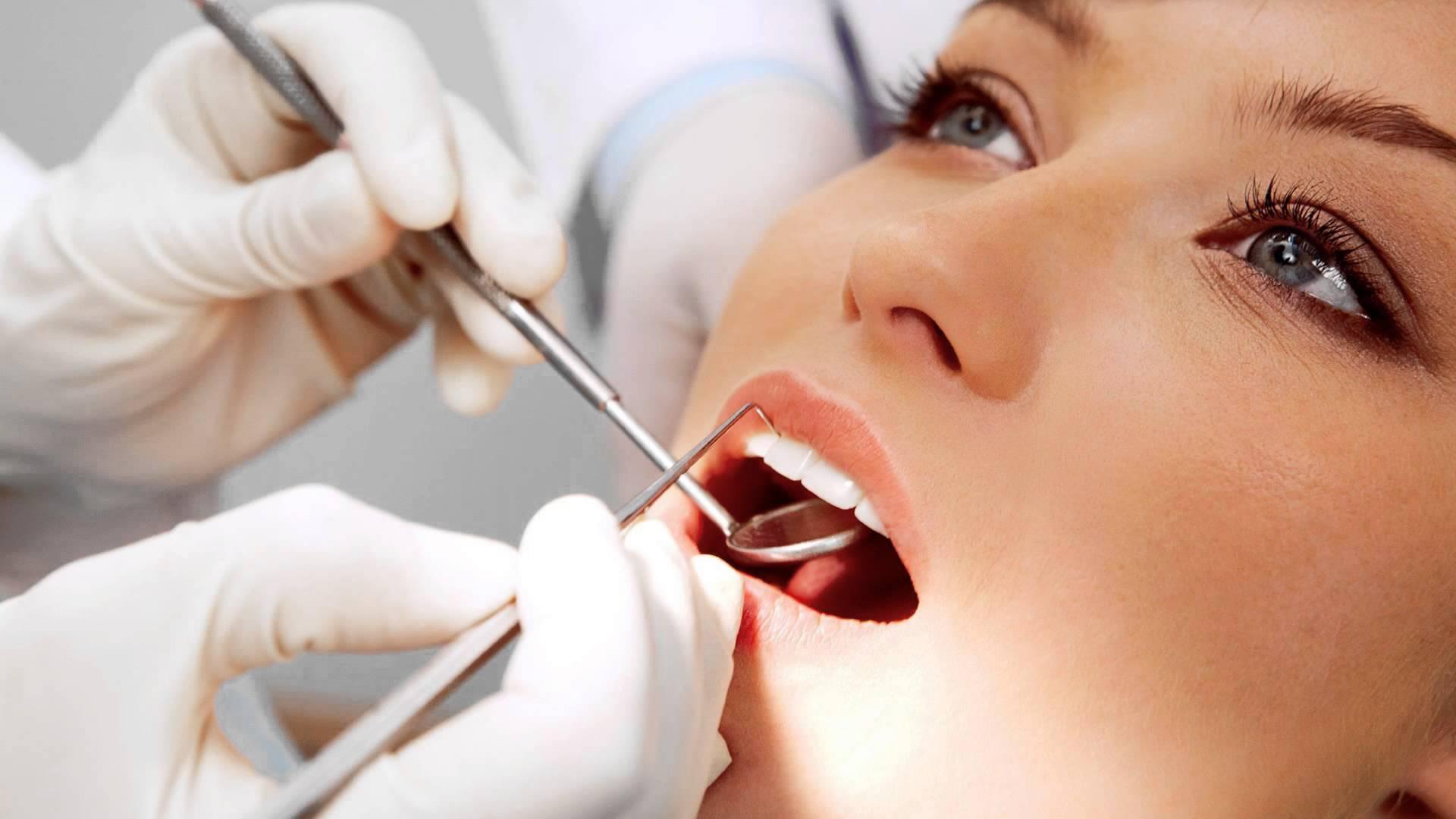 Visita la Clínica Dental Cuadrado y tendrás una primera consulta ideal