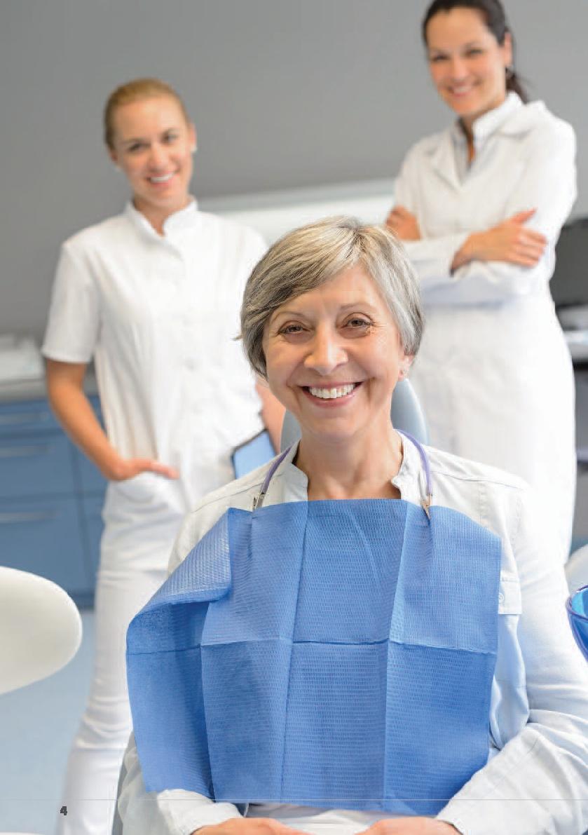 El envejecimiento de los dientes y otras patologías que afectan a la salud bucodental de los mayores