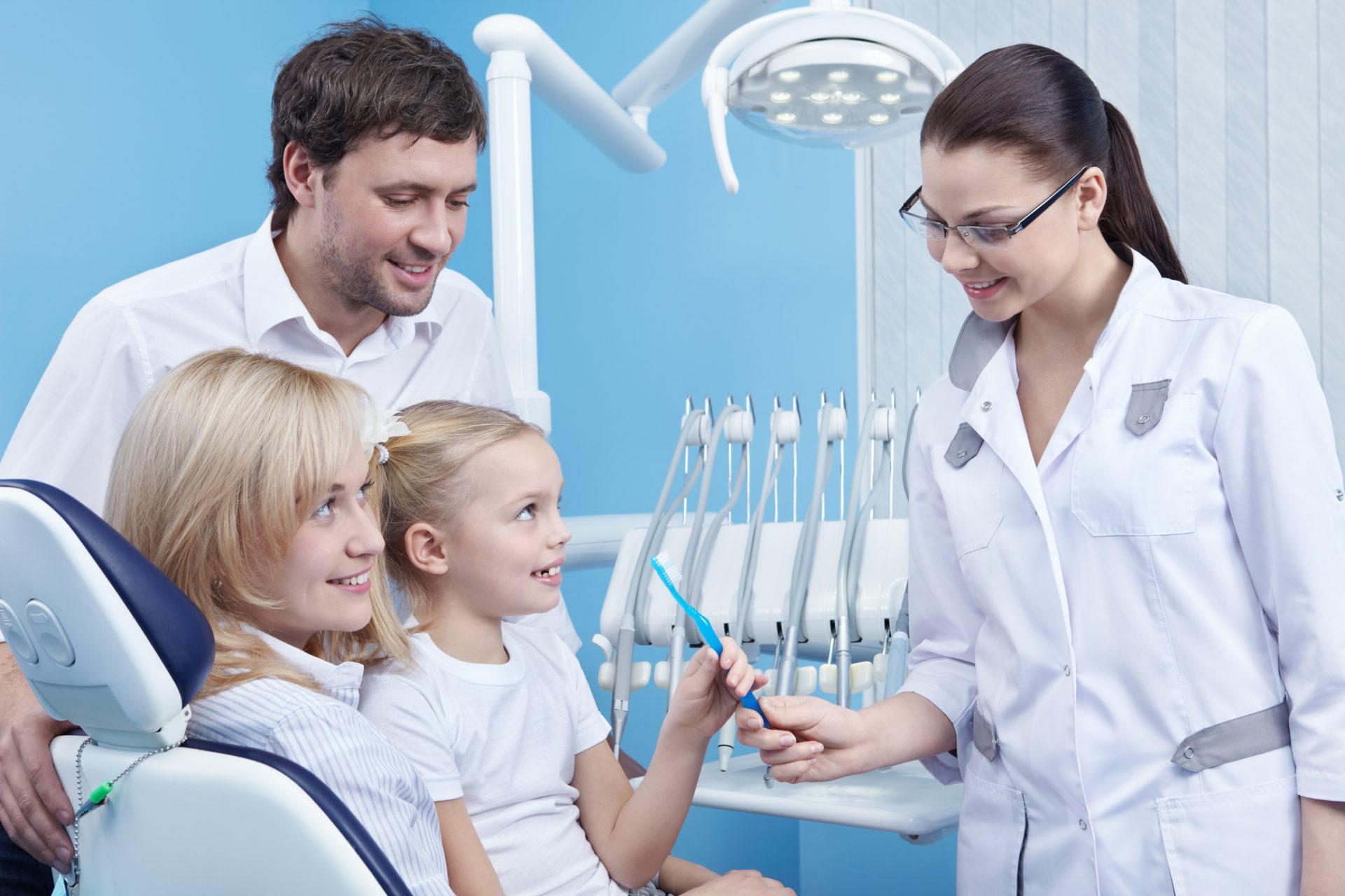 Visita a tu dentista habitualmente: es la forma más segura de reducir riesgos