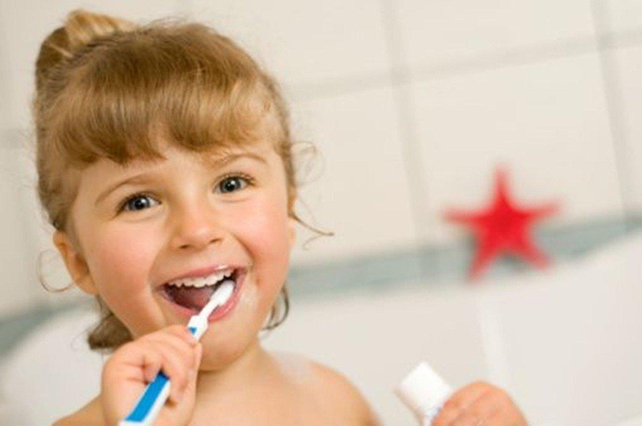 Consejos de higiene bucodental para los más pequeños